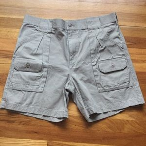 Cabelas cargo shorts